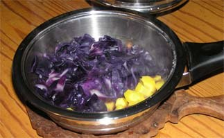 Blaukraut mit Kartoffeln-m.jpg