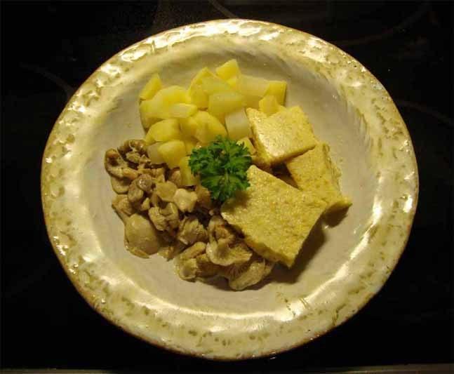 Polenta-Pilz-Gemüse 3.jpg